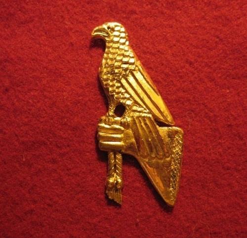 """M12 """"Hawk"""" medieval piligrim badge"""