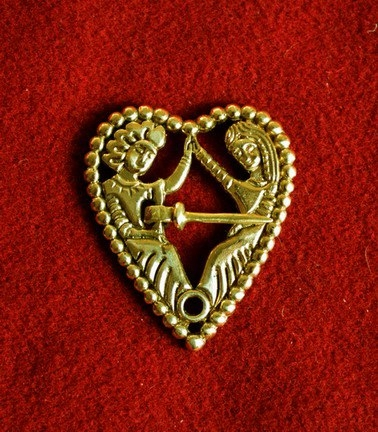 """Medieval brooch """"Tristan and Isolde"""", Europe EA09"""