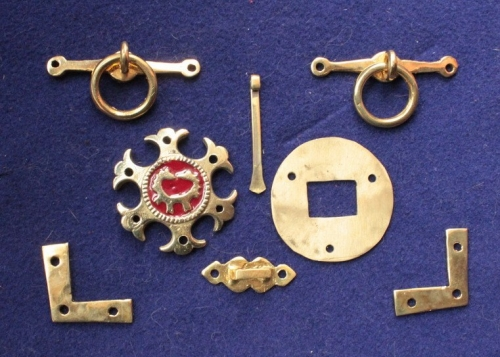 RT06 Novgorod pouch set