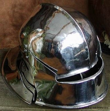 Sallet with additional neckguard