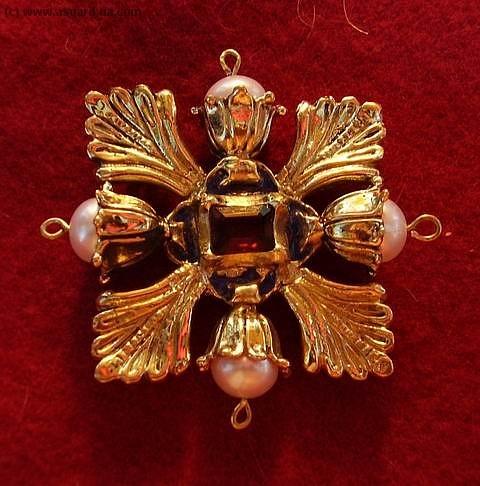 Medieval brooch EA10
