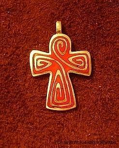 CP06 Enameled Celtic Cross