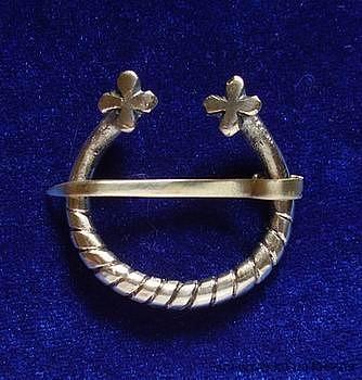 North. Rus / Scandinavia fibula brooch ra04-1 by ArmourAndCastings