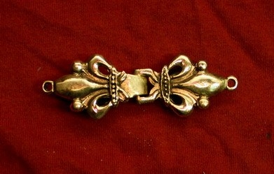 Late medieval hooked-clasp, England eb20