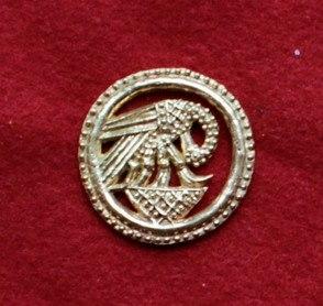 "m75 ""Pelican in her piety"" Medieval piligrim badge"