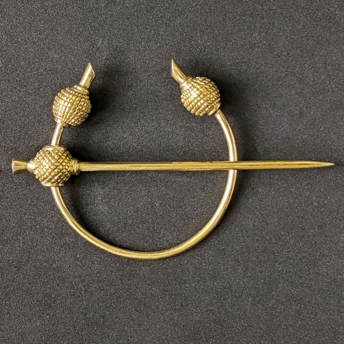 Scandinavian brooch ra12