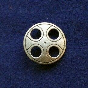 Saxon disc brooch RA21