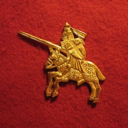 "M14 ""Knight"" medieval piligrim badge"