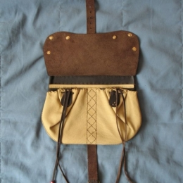 LL03m Medieval leather pouch 15c. With extra mount on flap