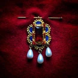 Burgundian medieval brooch-pendant ea51