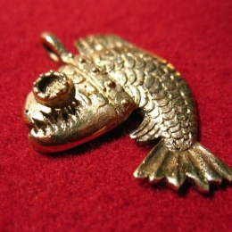 """SP03 """"Angry fish"""" Pendant"""