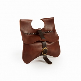 LL02 Medieval plain kidney pouch