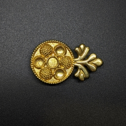 Medieval belt strapend, England EX17