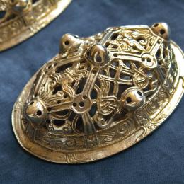 Viking female oval brooch  ra05