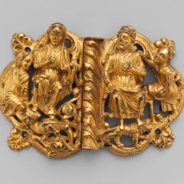 Cape clasps 13th century