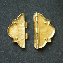 Cloak clasp with enamel, France
