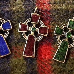 CP07 Enameled Celtic Cross