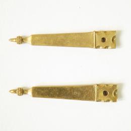 Set of two medieval belt strapends, England EX12