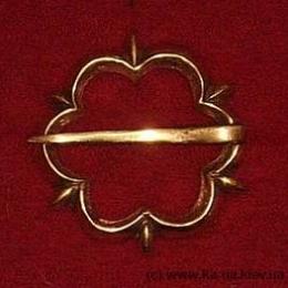 Medieval brooch, England EA02