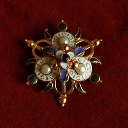 Late medieval brooch, Hungary ea47