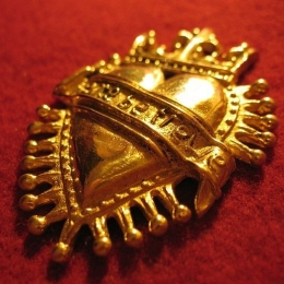 "M17 ""Crowned Heart"" medieval piligrim badge"