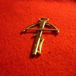 "M19 ""Crossbow"" Badge"