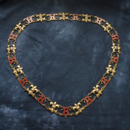 "Luxurious knight's collar with letter ""A"""
