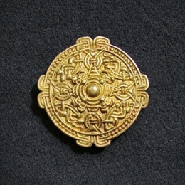 Viking disc brooch RA24