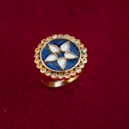 Carolingian ring with enamel