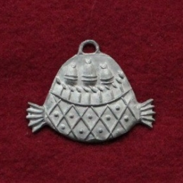 MC08 Pewter badge