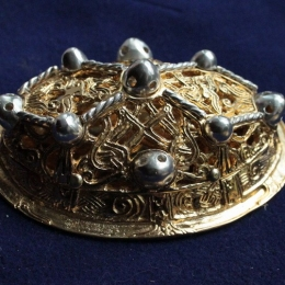 Viking female oval  brooch ra05l