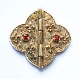 Medieval cape clasps, France ea32