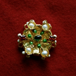Medieval brooch from the Cleveland Necklace EA37