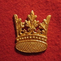 M03 Crown medieval piligrim badge
