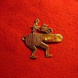 M26 Medieval carnival badge