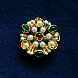Medieval brooch from the Cleveland Necklace EA38