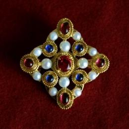 Medieval Brooch from the Colmar Treasure ea55