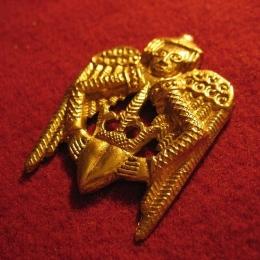 "M07  ""Winged heart""  Badge"