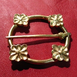 Medieval ring brooch, England EA15 by ArmourAndCastings