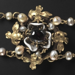 Medieval brooch from the Cleveland Necklace EA35