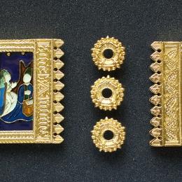 Burgundian belt set with enamel
